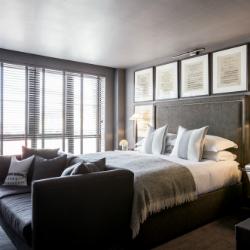 dakota-hotel-small
